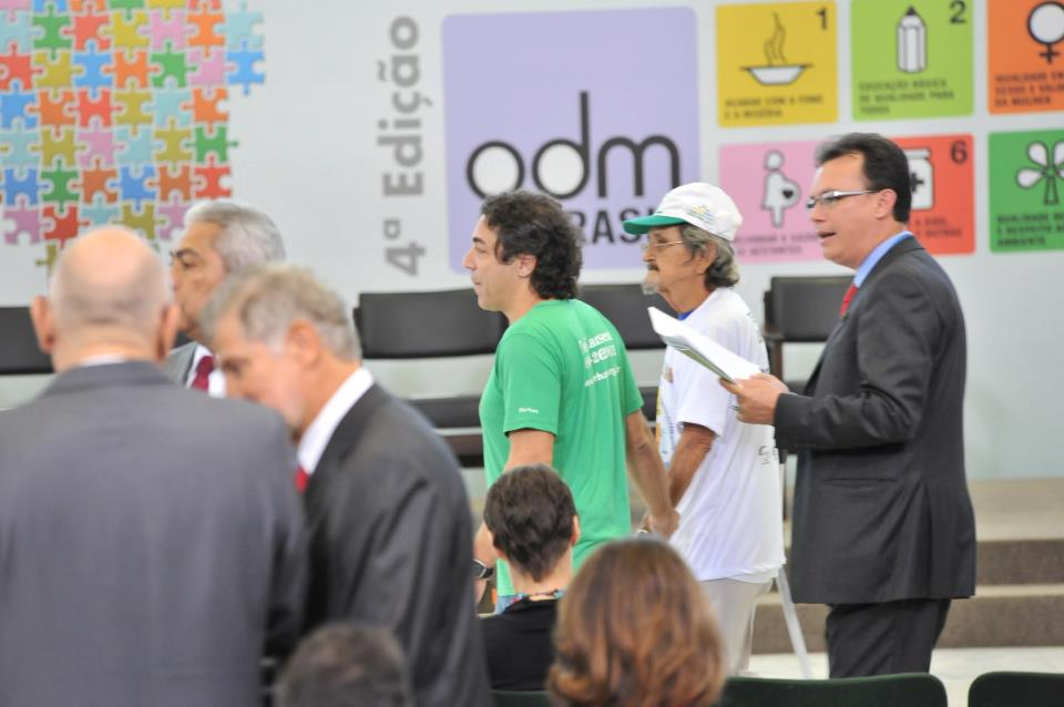 Premiação ODM em Brasília 30/05/2012 - MORHAN premiado com o Projeto: Carretinha da Saúde